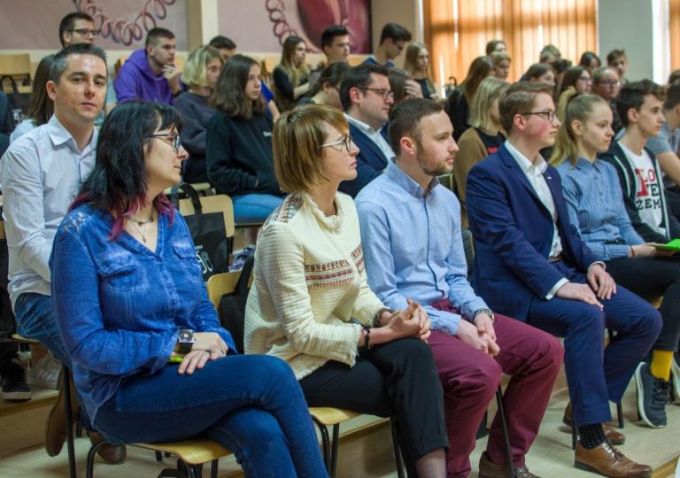 Debata z udziałem ekspertów i decydentów w Kielcach